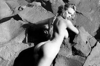 Anna Falchi - Nude 1996 Calendar
