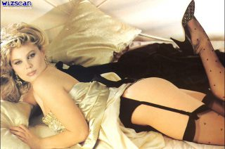 Patrizia Pellegrino nude photoshot