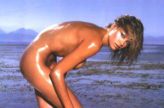 Anna Falchi - Nude 2001 Calendar